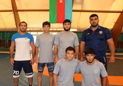 Четверо борцов Азербайджана выступят на ЧМ