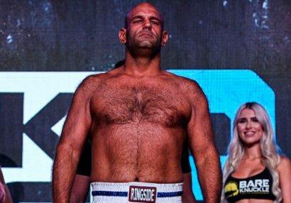 MMA döyüşçüsü nokautdan sonra öldü - VİDEO