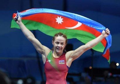Mariya Stadnik Olimpiya medalının oğurlanmasından yazdı - FOTO