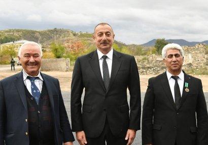 Prezident və birinci xanım Şəhriyar Məmmədyarovun atası ilə görüşdü