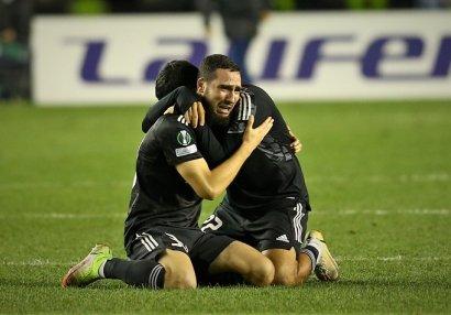 UEFA Abbasın emosiyalarını paylaşdı - FOTO