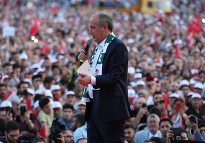 Türkiyənin tanınmış siyasətçisi