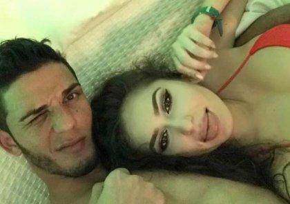 Aygünün qızı ilə görüntüsü yayılan futbolçu sevgilisilə şəkil paylaşıb bu sözləri yazdı - FOTOLAR