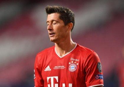 Известного футболиста обвинили в мошенничестве