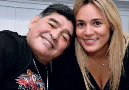 Maradona ilə bağlı qorxunc iddia: Döyüb, nərdivandan aşağı atıb